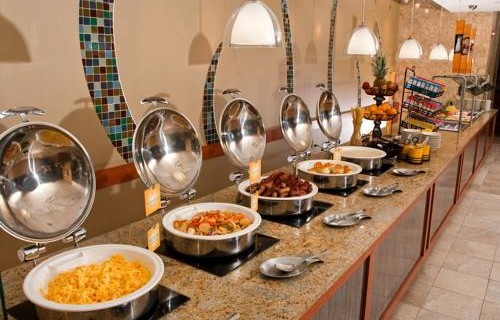Doubletree Hilton Tampa Airport Westshore Airport buffett