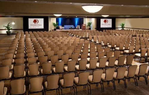 Doubletree Hilton Tampa Airport Westshore Airport conference