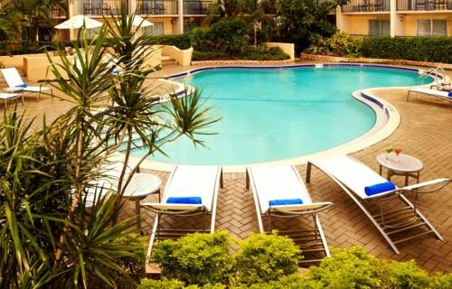 Doubletree Hilton Tampa Airport Westshore pool
