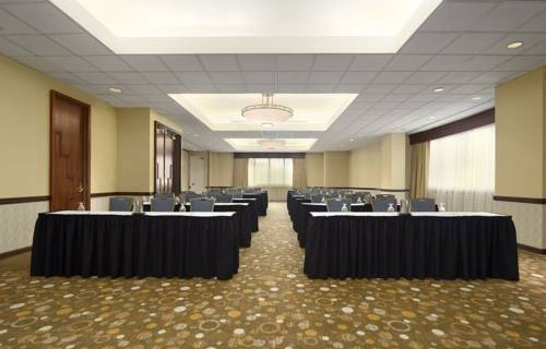 Embassy Suites Hotel Tampa Airport meeting room 2