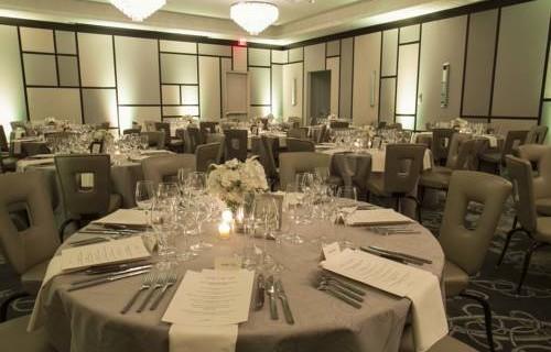 Epicurean Hotel Autograph Collection dining