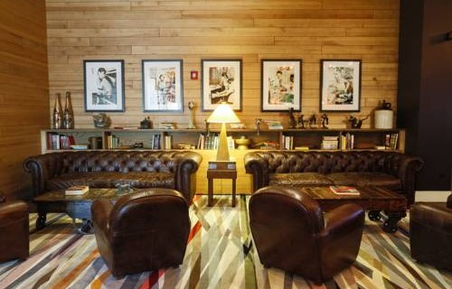 Epicurean Hotel Autograph Collection lounge