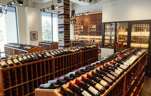 Epicurean Hotel Autograph Collection wine shop
