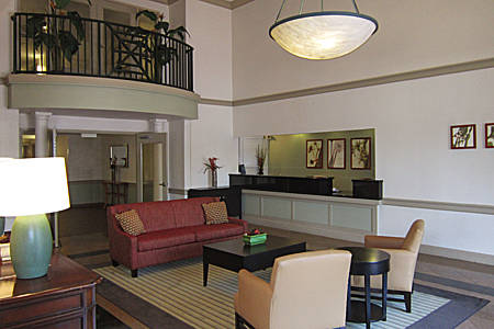 extended-stay-america-tampa-airport-westshore-lobby