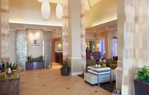 hilton-garden-inn-tampa-airport-lobby