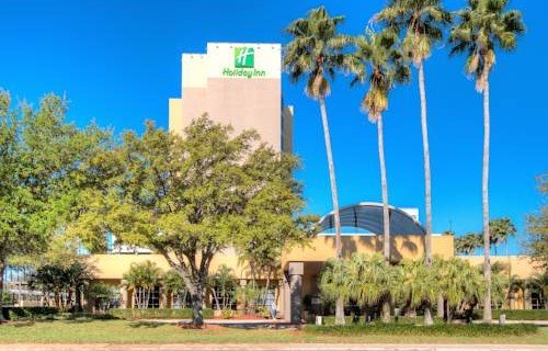Holiday Inn Tampa Westshore Airport 3