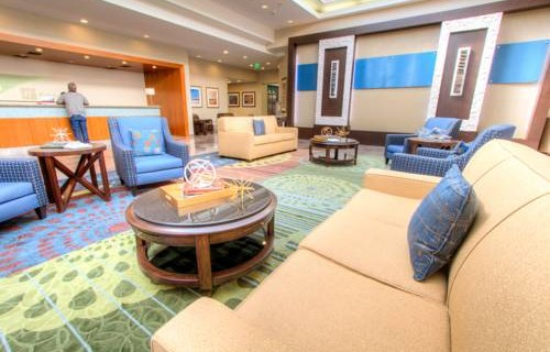 Holiday Inn Tampa Westshore Airport lobby 2