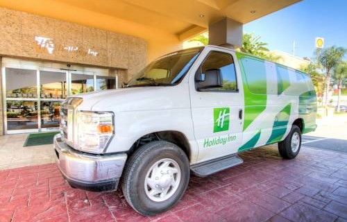 Holiday Inn Tampa Westshore Airport shuttle