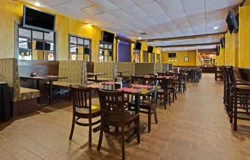 Ramada Westshore Tampa Airport dining