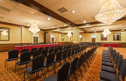 Ramada Westshore Tampa Airport meeting room